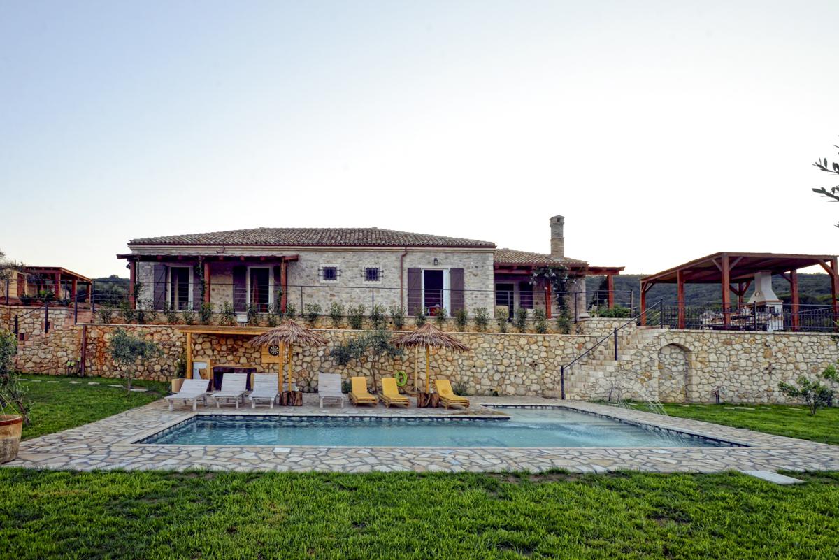Villa Fioretta, sleeps 6-8, prices from £2,376 per week