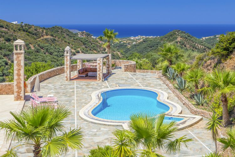 Villa Orpheus, sleeps 8, prices from £18pppn
