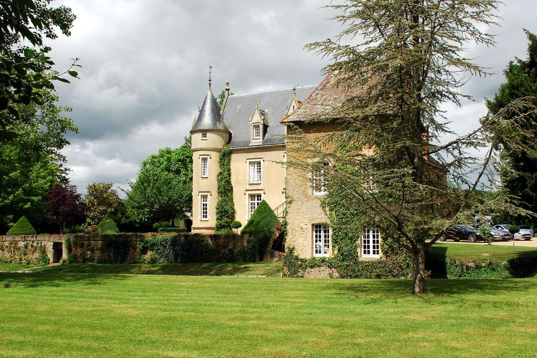 Chateau De Lornay - Loire Valley - Oliver's Travels