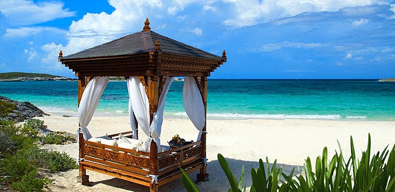 Bed on Beach - Caribbean - Oliver's Travels