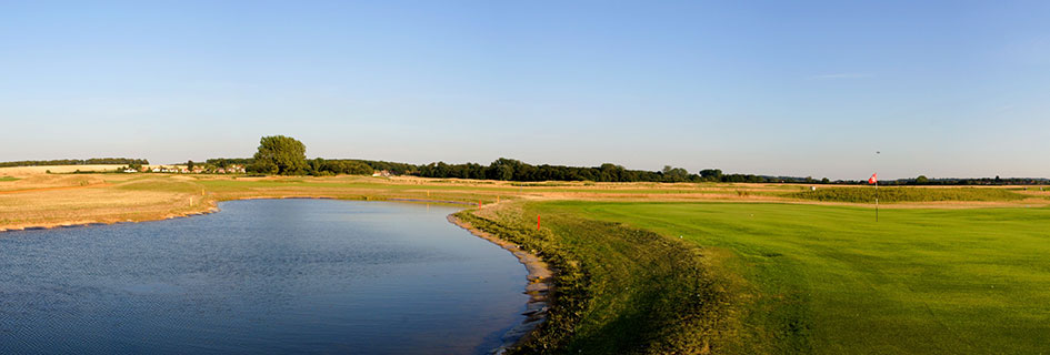 Heacham Manor Golf Course - Oliver's Travels