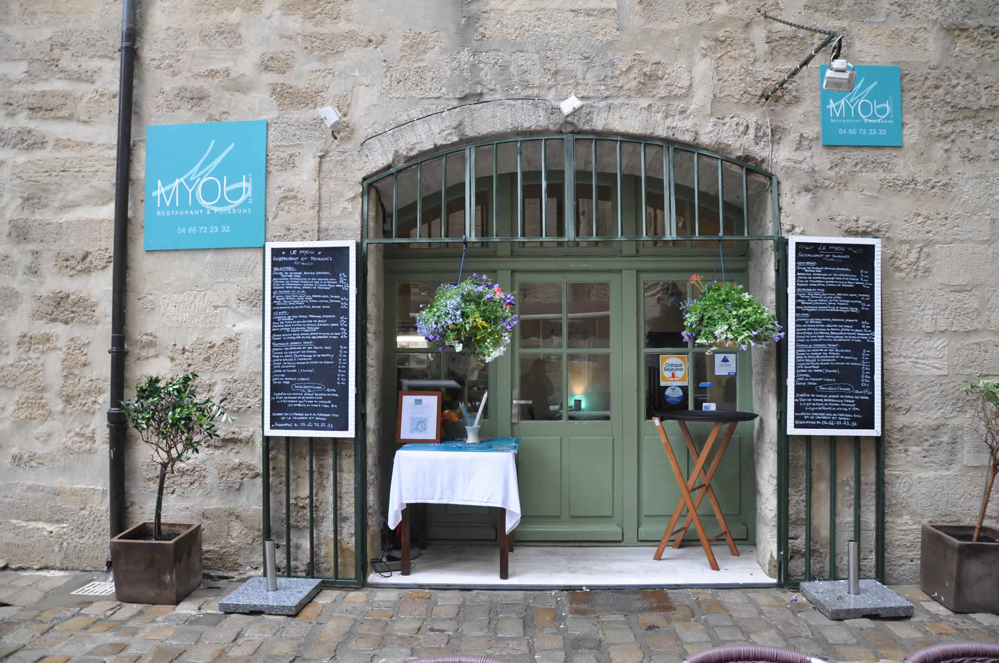 Top 5 restaurants in the south of france oliver 39 s - Restaurant pakistanais salon de provence ...