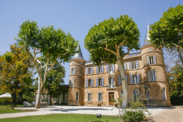 Chateau-Villermaux-Provence-Alpes-Olivers-Travels