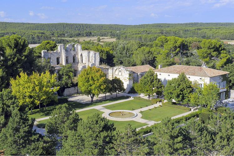 Chateau-du-Vieux-Palais-Provence-Olivers-Travels