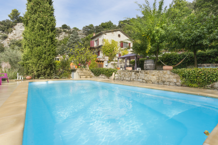 Mas-Mayeaux-Provence-Olivers-Travels - Villas and Chateaux to Rent Year-Round in Provence