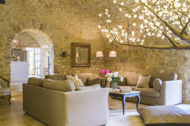 Villa-Jolivet-Provence-Alpes-Olivers-Travels
