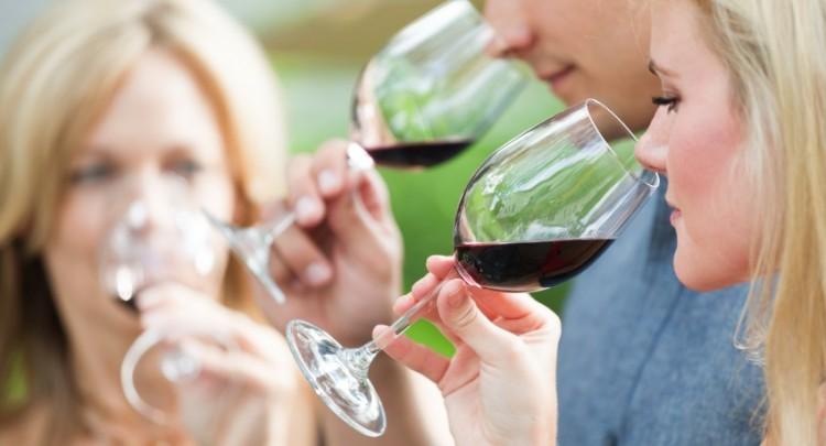 Wine-tasting-Italy