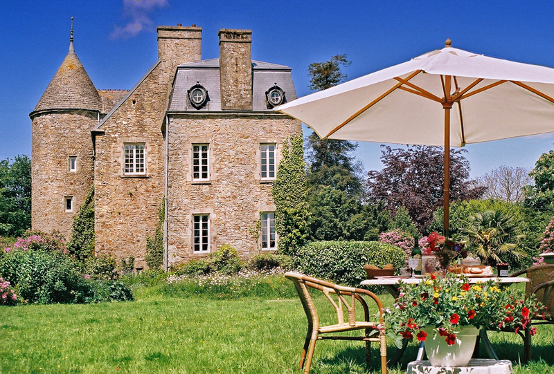 C16th Normandy Chateau - Normandy - Oliver's Travels