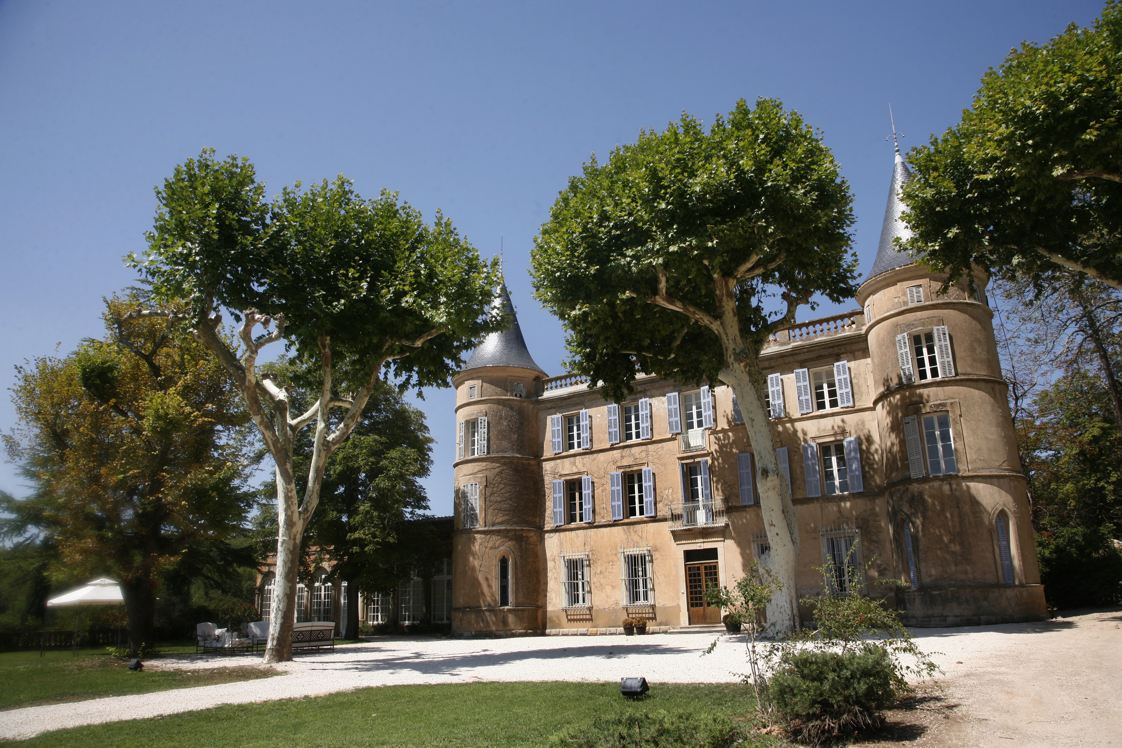 Chateau Villermaux - Provence-Alps - Oliver's Travels