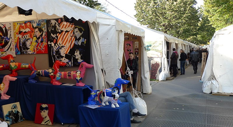 Toulouse Antiques Fair, France - Luxury Villas to Rent in the South of France - Image courtesy of Jean-Louis Zimmermann on Wikicommons