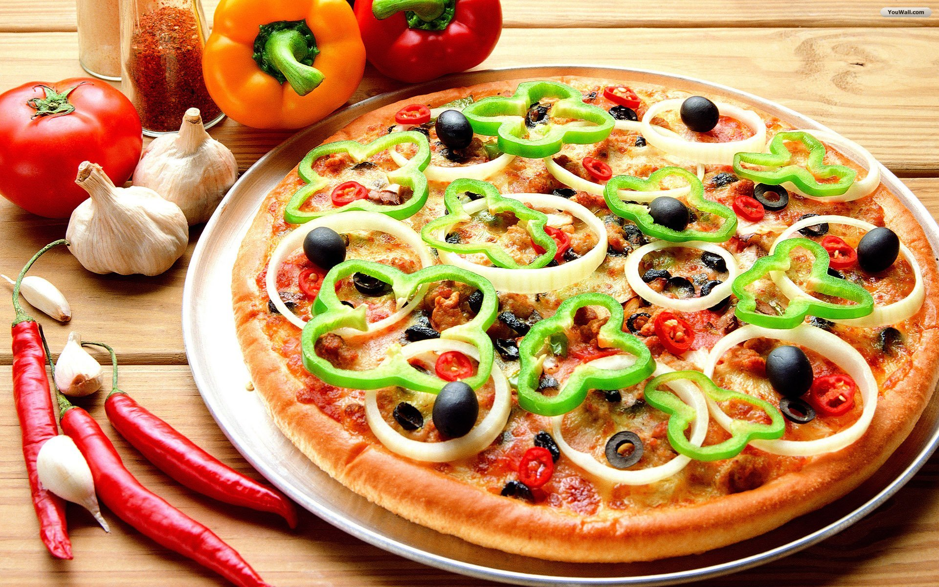 Unusual pizza recipes to try on holiday oliver 39 s travels for Pizza pizzeria