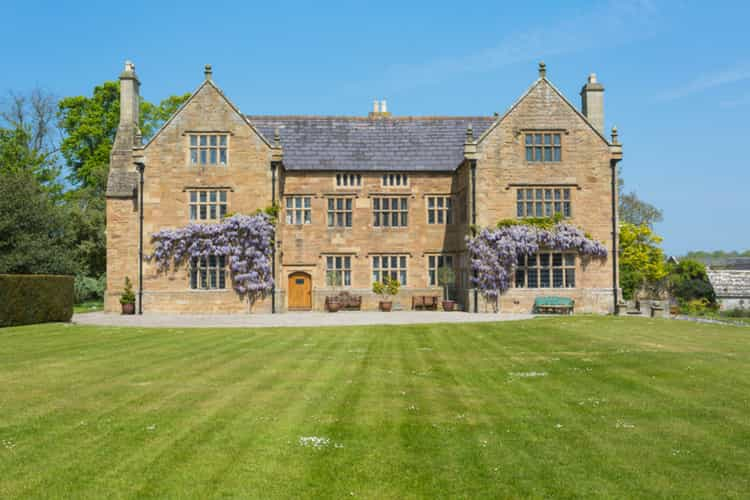 Jacobean Manor - Wales - Olivers Travels