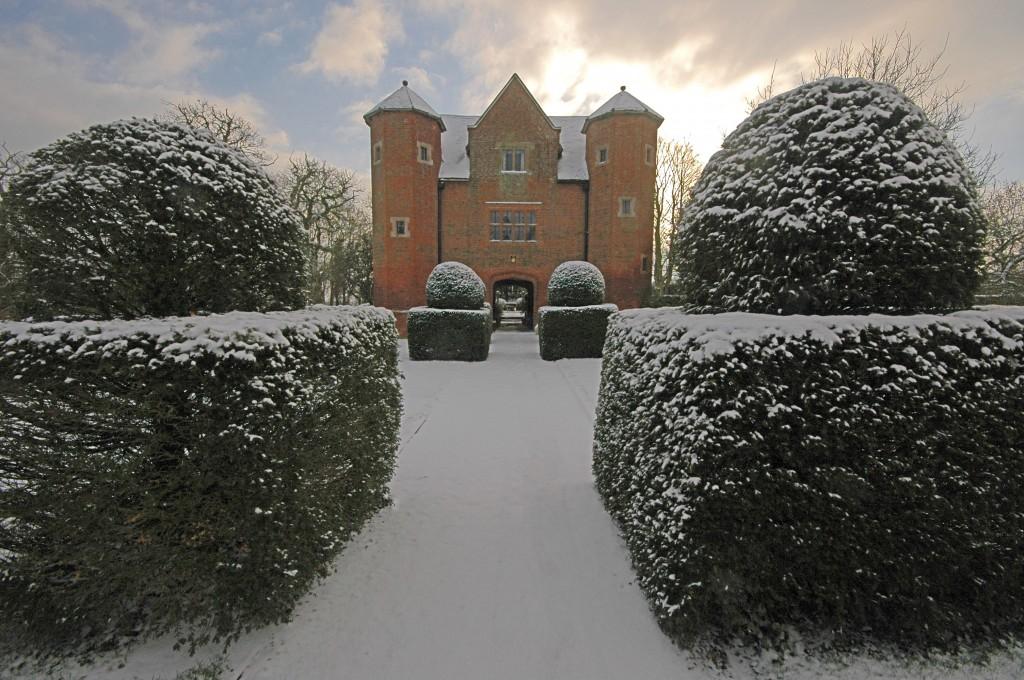 Upton Gatehouse, Heart of England - Oliver's Travels