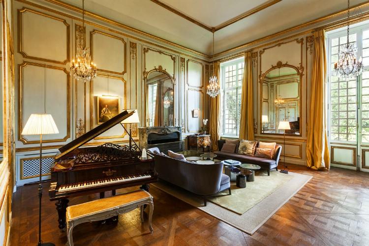Chateau-Dalsace-Paris-Region-Olivers-Travels