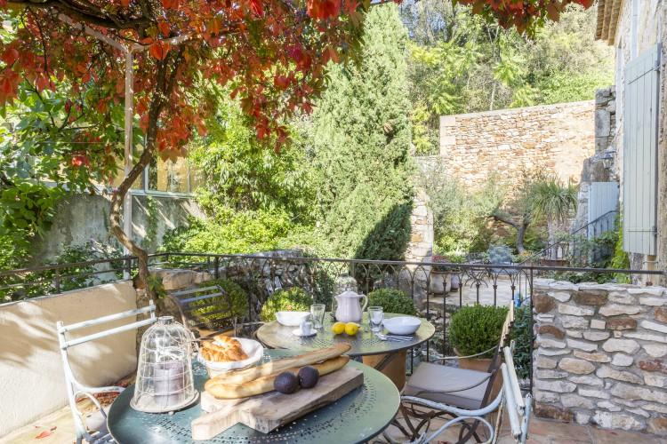 La-Maison-Du-Sud-Languedoc-Olivers-Travels