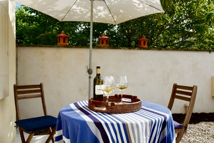 Petite-Shambhala-Dordogne-Olivers-France-Travels