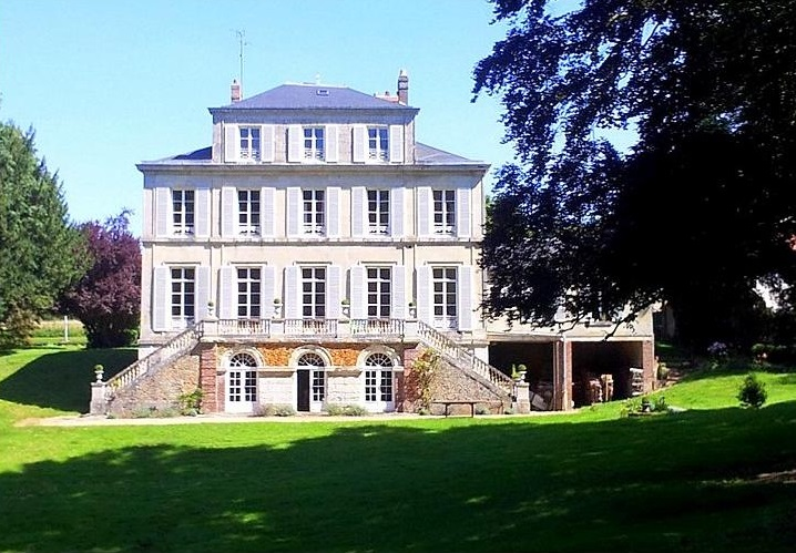 Chateau du Macque, Picardy and Nord-Pas de Calais - Oliver's Travels