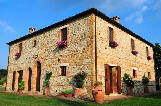 Glicine Farmhouse, Tuscany - Oliver's Travels