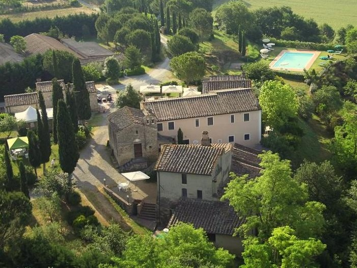 Lorenzo Village, Tuscany - Oliver's Travels