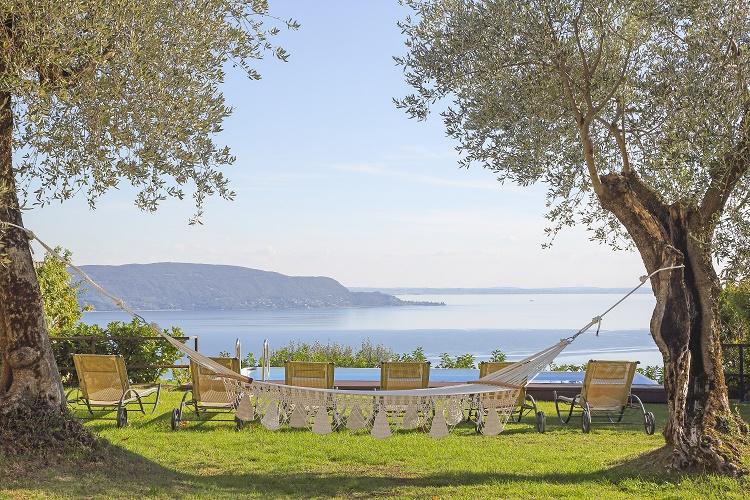 Villa Storia - Italian Lakes - Oliver's Travels