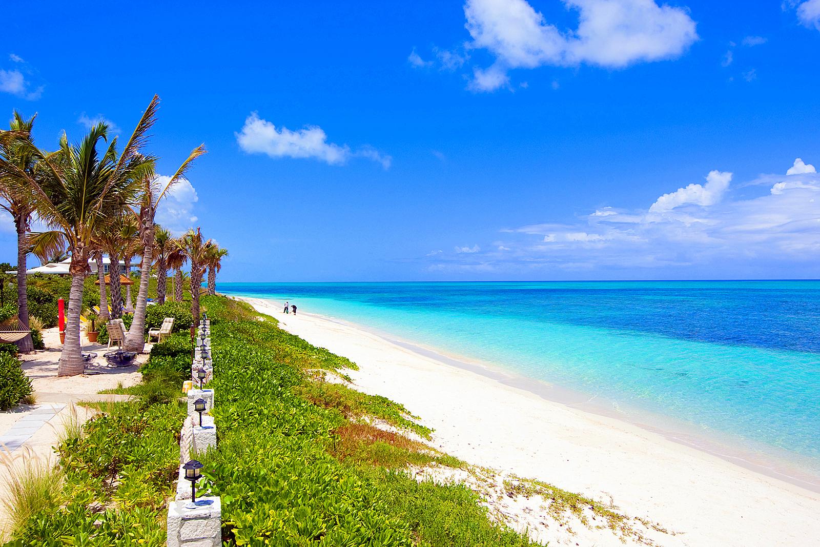 Beach -Turks & Caicos - Oliver's Travels