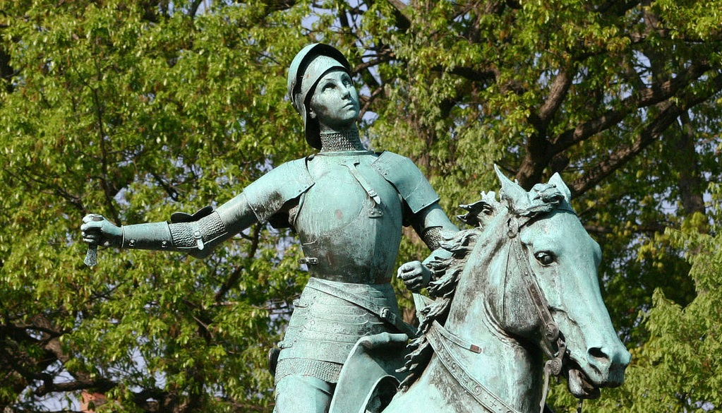 Joan of Arc - Chateau to Rent - Oliver's Travels