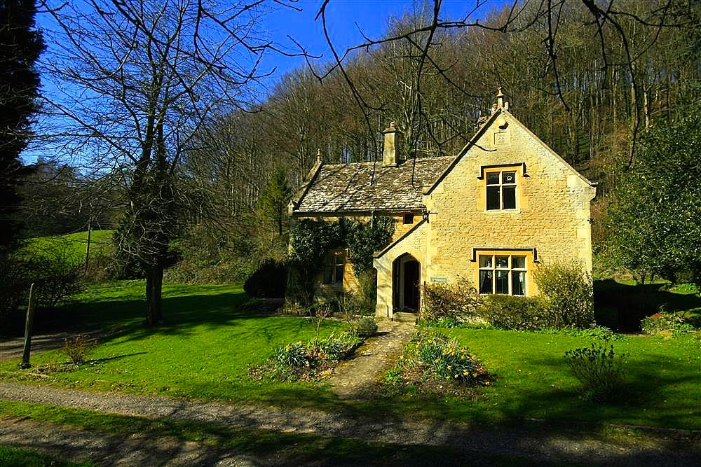 Woodell's Cottage, The Cotswolds - Oliver's Travels