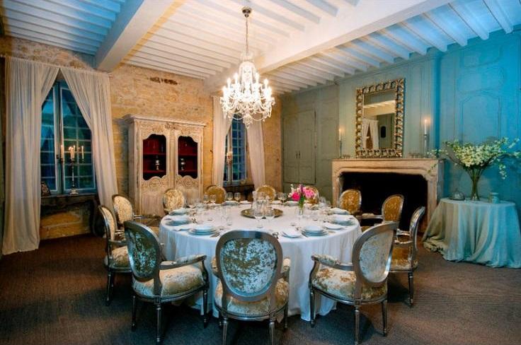 Chateau du Roy - Dordogne - Wedding Venues in France - Oliver's Travels