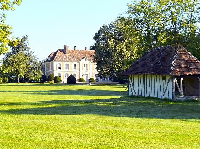 Manior Fardou - Normandy - Luxury French Villas - Oliver's Travels