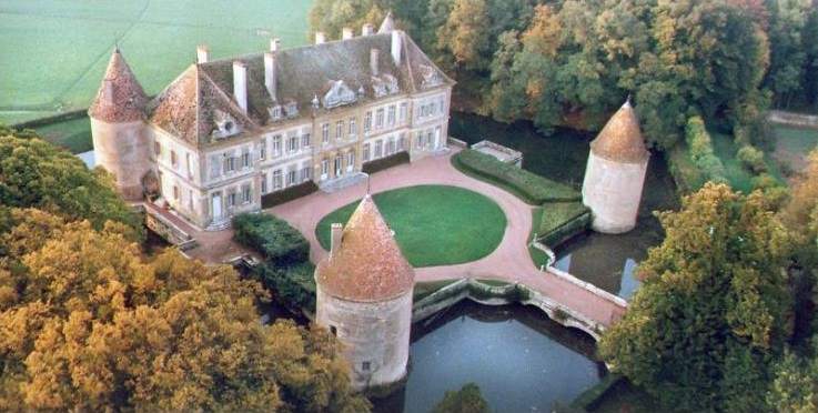 C18th Burgundy Chateau - Burgundy - Large Holiday Homes - Oliver's Travels