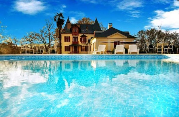 Chateau_Stephanie_-_Aquitaine_- France Villas-Oliver's_Travels
