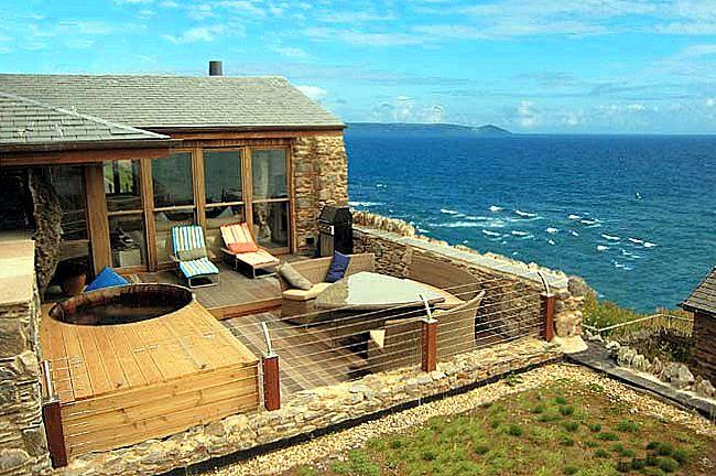Cornish Beach House - Cornwall - Luxury Villas - Oliver's Travels