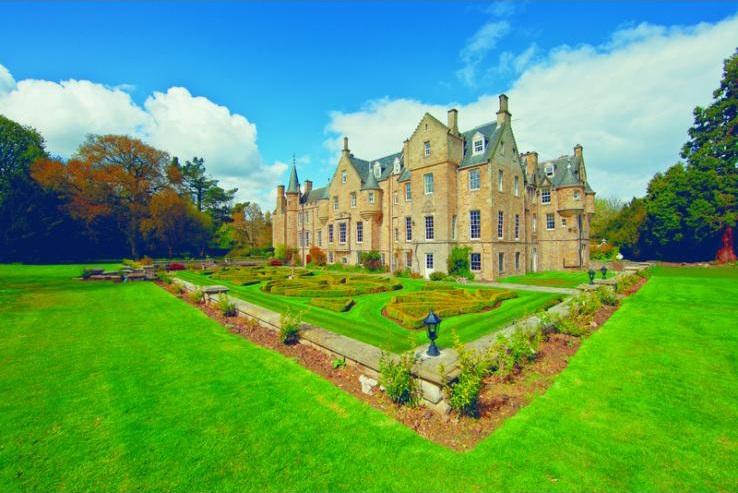 East Lothian Castle - Scotland - Holiday Homes UK - Oliver's Travels