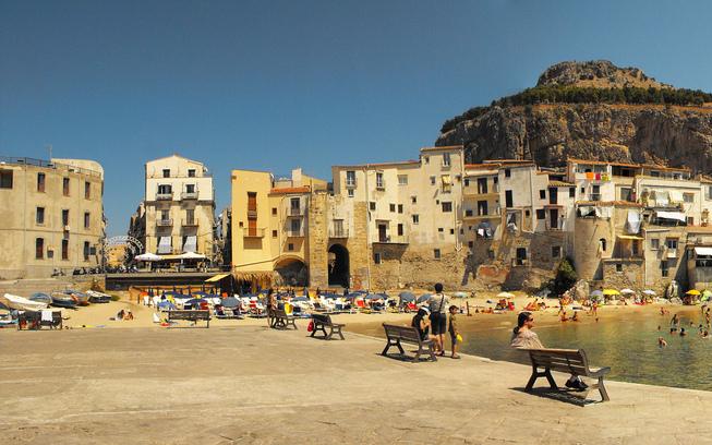La Rocca - Villas in Italy - Oliver's Travels