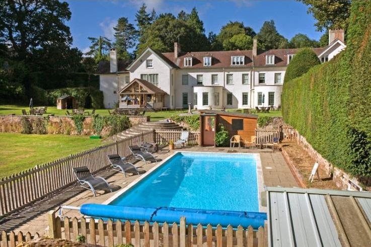 Little Oak Hall - Somerset - Luxury Holiday Cottages - Oliver's Travels