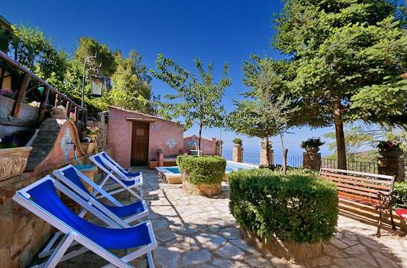 Villa Artisti, Villas in Italy - Oliver's Travels