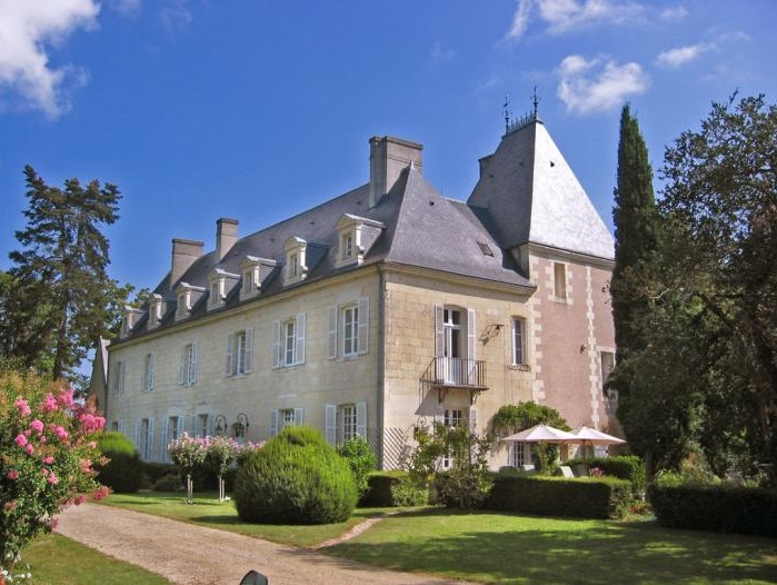 Chateau De Tille - Loire Valley - French Wedding Venues - Oliver's Travels
