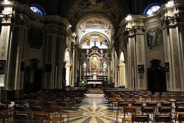 Duomoin Como