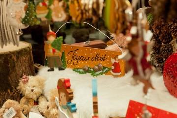 French Christmas - Joyeux Noel - Oliver's Travels