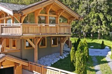 TTGMENA coverage - luxury ski chlats to rent - Oliver's Travels
