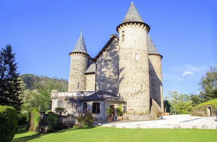 The Best 6 French Chateaux For Summer 2015