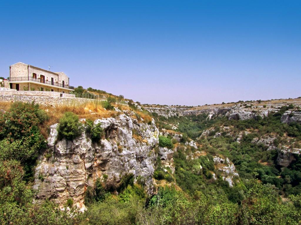 Castello Cavica - Sicily - Oliver's Travels