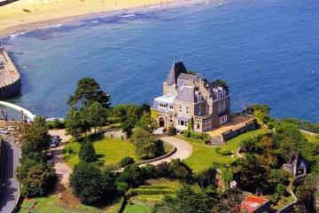 The Telegraph coverage - Luxury French Villas - Oliver's travels