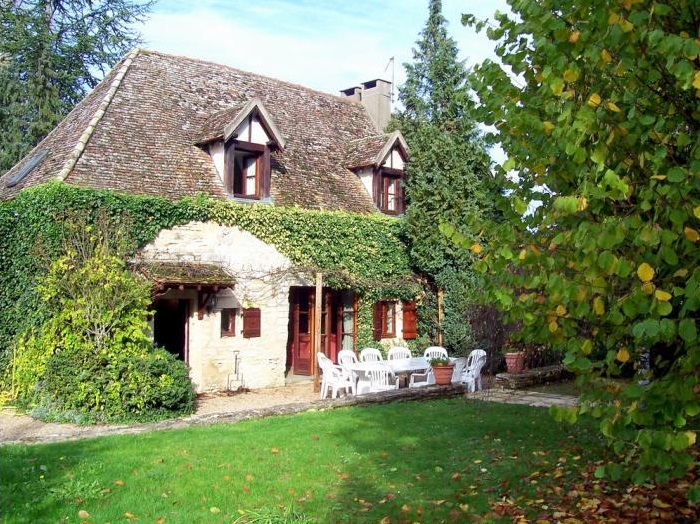 Le Rosseau Cottage, Burgundy - Villas in France - Oliver's Travels