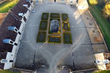 Dig Content - Oliver's Travels - Luxury Villa Rentals