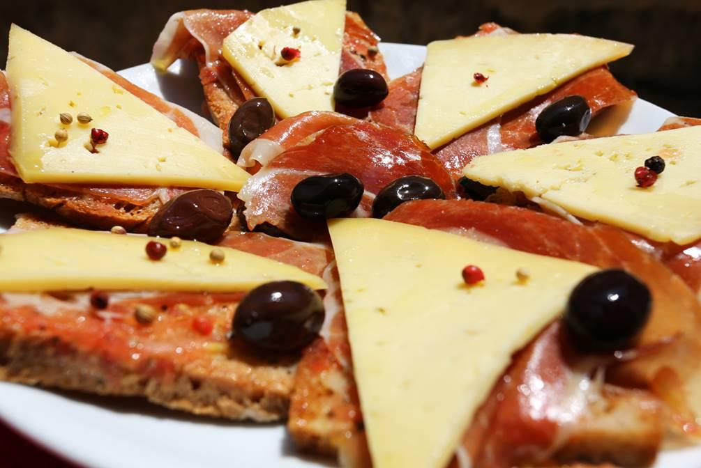 Pam Boli, Spanish taste