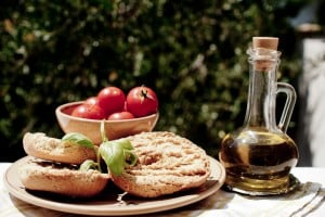 food and wine tasting in Italy