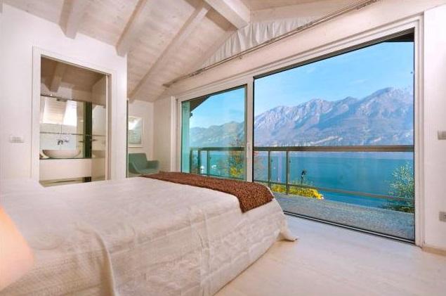 Villa Cigno - Italian Lakes - Oliver's Travels