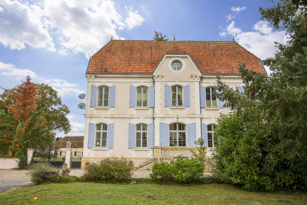 Chateau de la Cheine - Dordogne - Oliver's Travels