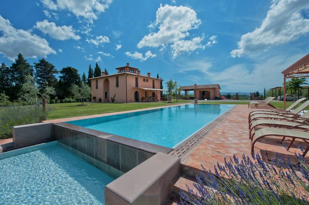 Villa la Fauci - Tuscany -Oliver's Travels